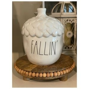 "Rae Dunn ""Fallin'"" Acorn Fall/Autumn Decor"